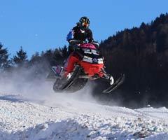 Snowmobile / Ski
